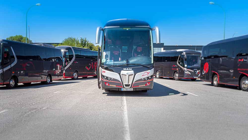 Frente - 63 plazas Elite Touring