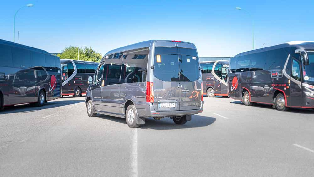 Trasera 3/4 - Autocar 9 Plazas  Elite Touring